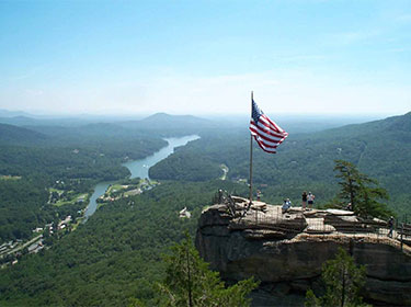 Lake-Lure-Activites-Chimney-Rock
